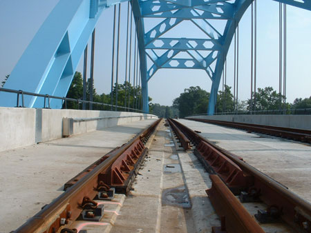 Curved Rail Expansion Joint | CMI Promex